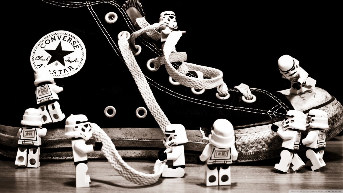 stormtrooper_converse-wallpaper-1366x768